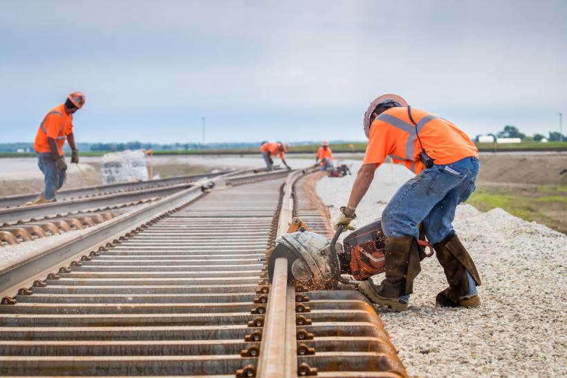 Транспорт на проектни товари за железопътни мрежи